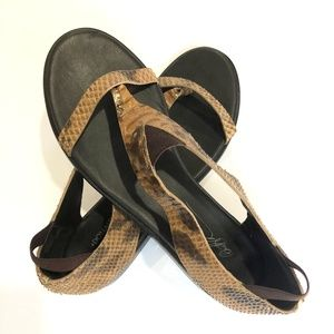 Donald J. Pliner Leather Thong Sandals 8-1/2 M